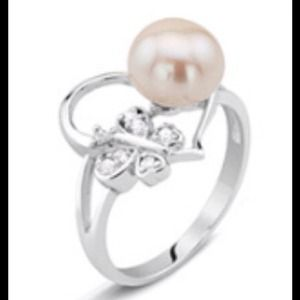 Jewelry - 🎄Cultured Freshwater Pearl Butterfly Heart Ring.