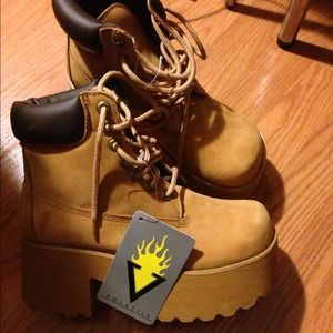 Shoes - Volatile Platform Wedge Nubuck Boots