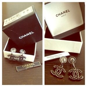 ⚡Sale⚡2X HOST PICK❤Authentic CHANEL Drop Earrings