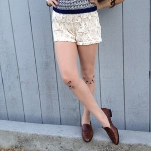 Pants - Embroidered ivory shorts-sale