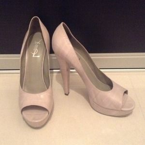 Yves Saint Laurent Shoes - 🎰Reduced! Yves Saint Laurent Gray Heels YSL