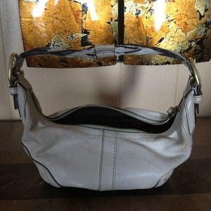 REDUCED ✂️ leather Coach handbag