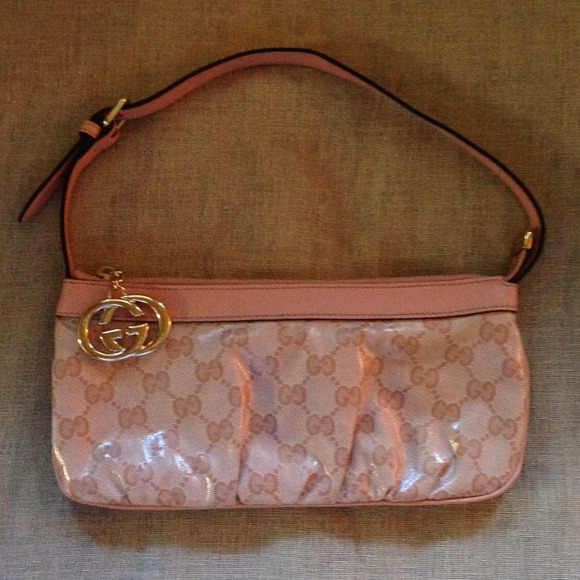 Gucci Handbags - { HP🌸 GUCCI Pouchette } Crystal Gloss AUTH 2