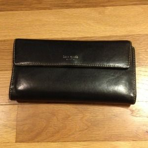 kate spade Clutches & Wallets - Authentic Kate Spade Wallet.