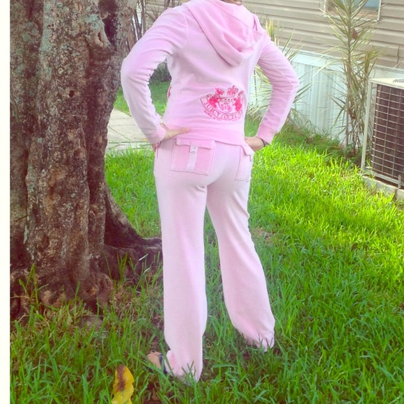 6310e40de5e Juicy Couture Sweaters - Baby pink juicy couture sweat suit