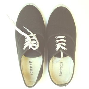 Forever 21 Shoes - ❌SOLD Grey Laced Shoes