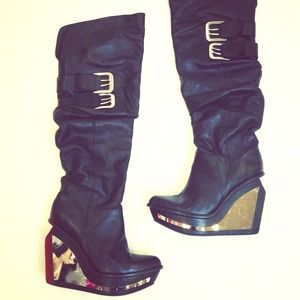Jeffrey Campbell Boots - Jeffrey Campbell 'Madness' Boot 💣