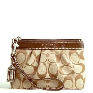 NEW Authentic Coach Signature Wristlet