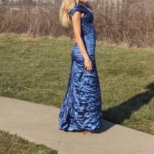 Nicole Miller Blue Long V neck dress