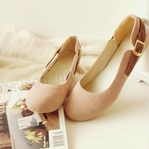 Jewelry - Bundle 6.5-7 nude flats + 6.5 gold distance ring