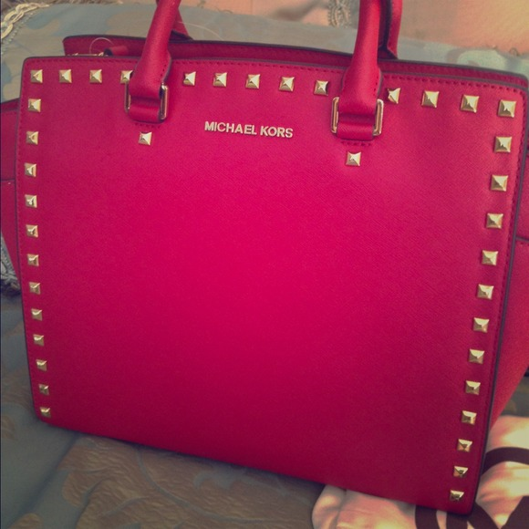 Michael Kors large red studded selma new!! ❤️