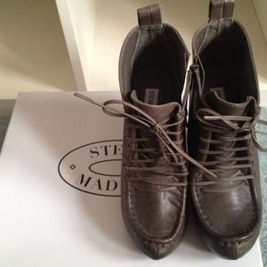 Steve Madden leather leather boots