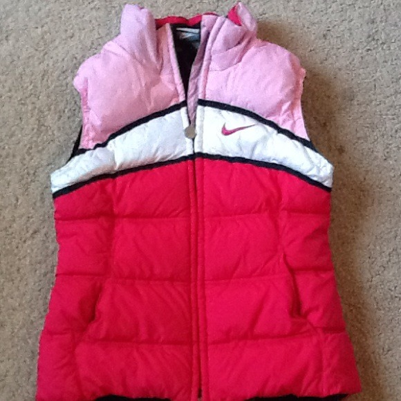 71% off Nike Outerwear - Nike bubble vest girls M (10-12) from ...