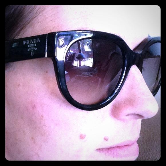 8560b1c99c7 Prada Accessories - Prada round cat s-eye acetate sunglasses