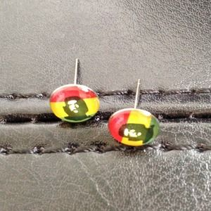 ⭕️LAST ONE!  Tiny Colorful Che Stud Earrings