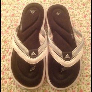 Shoes - Adidas Flip Flops