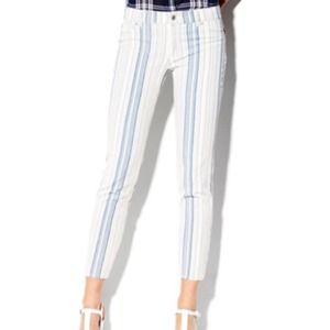 Vince Camuto Striped Skinnys SZ 26
