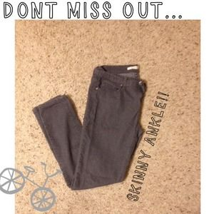 Forever 21 Denim - Grey Ankle Skinny's