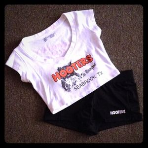 💟Authentic Hooters Girl Uniform Crop Top💟