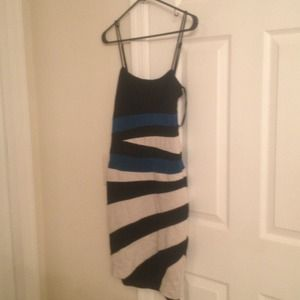bebe Dresses & Skirts - BEBE black, white & blue form fitting knee length