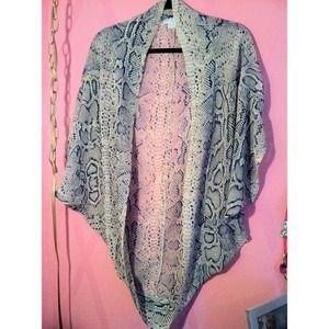 Snake skin cardigan kimono  🐍