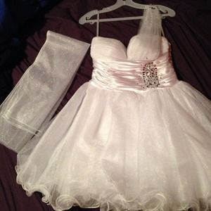 White prom dress with a sash