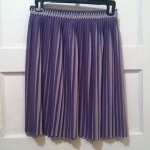 H&M Dresses & Skirts - Flirty H&M purple & grey pleated skirt