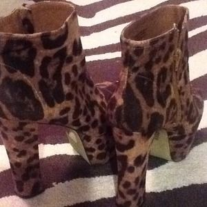 Leopard print platform ankle boots