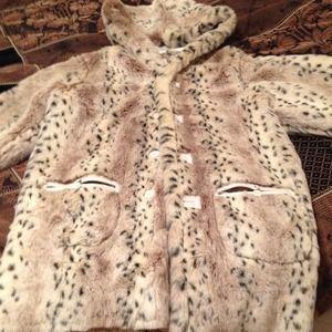 Reversible suede and vegan fur coat