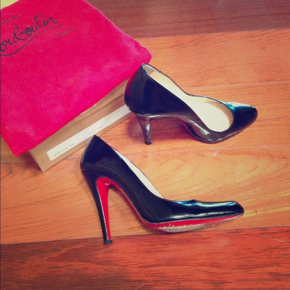 2a27c4f736c6 Christian Louboutin Shoes - Classic Christian Louboutins size 36