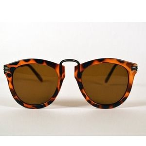 saltwater gypsy Accessories - 🎁BUNDLED🎁 tortoise club master round sunglasses