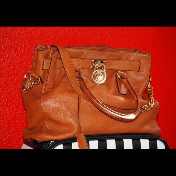 1d4a555f7ff389 Michael Kors Bags | Large Hamilton Bag In Chestnut | Poshmark