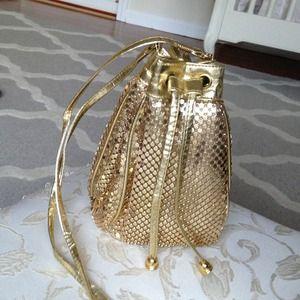 Vintage mesh gold purse