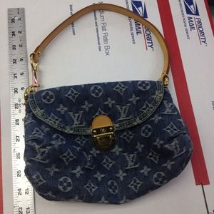 Louis Vuitton Handbags - 💯Authentic Louis Vuitton Denim Pleaty
