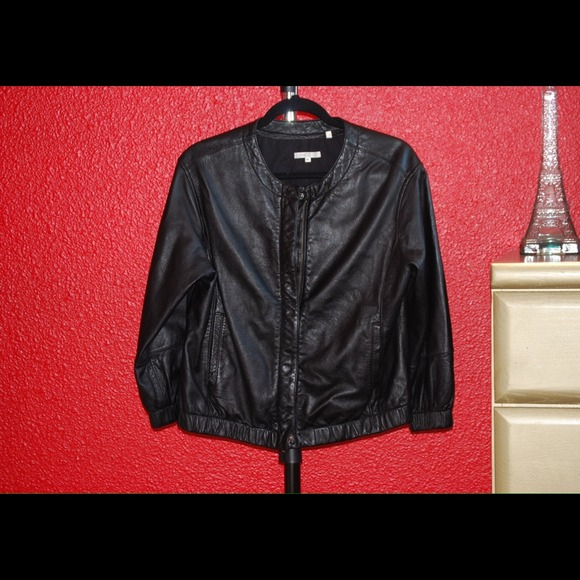 Vince Jackets & Coats - Vince leather bomber