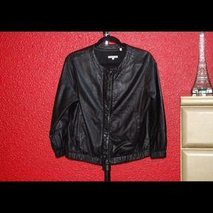 Vince Jackets & Blazers - Vince leather bomber