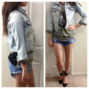 Zara Jackets & Blazers - Zara Distressed Light Wash Denim Jacket