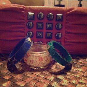 ✨✨Elegant Clutch And Bracelet Bundle✨✨