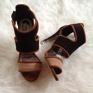 Charles David Colorblock Sandal