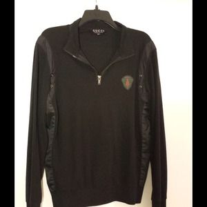 AUTHENTIC Gucci Pullover.
