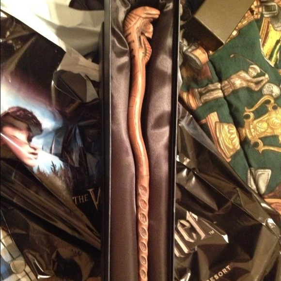 harry potter official accessories custom slytherin wand from