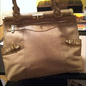 Olivia + Joy Handbags - sale! HOST PICK! Olivia + Joy Swanky Satchel