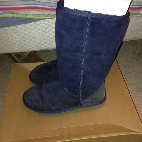navy uggs tall