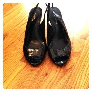 BR Black Peeptoe Sandals