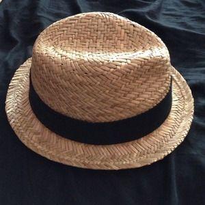 Gap fedora hat