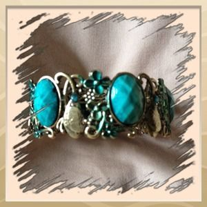 Jewelry - Embellished Teal Bracelet