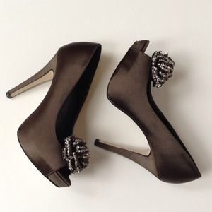 Steve Madden Shoes - SALE! STEVE MADDEN Luxe Crown Peep Toes 1