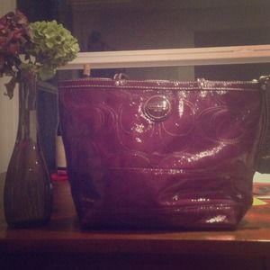 Coach signature tote -patent leather