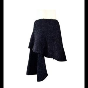 COOLEST SKIRT EVER BY HELMUT LANG 38