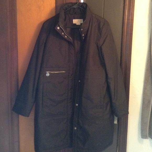 michael kors authentic michael kors winter coat from michelle 39 s closet on poshmark. Black Bedroom Furniture Sets. Home Design Ideas